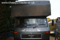 Amazing VW Man 7.5, 4 horse stall, full refurb